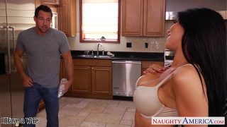 Busty brunette wife Romi Rain gets nailed yesporn xxxvideo